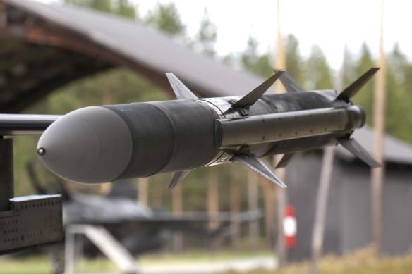 misil-aim-120-amraam