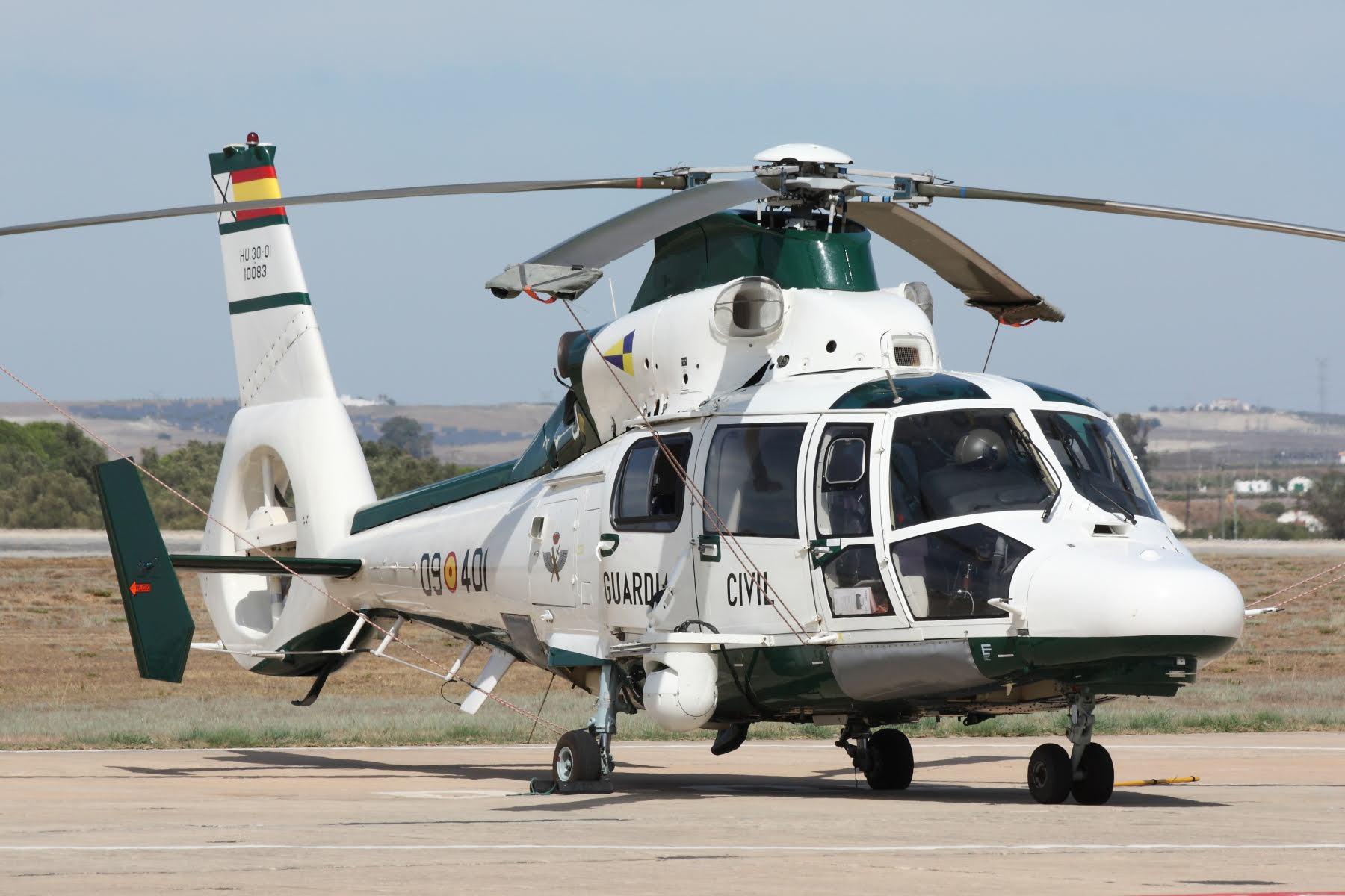HELICOPTERO dauphin SAER GUARDIA CIVIL