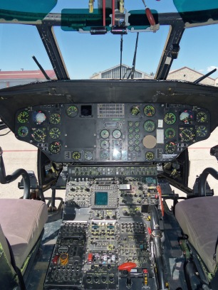 Cabina AS532 Cougar (Foto: Fco Javier chao)