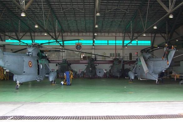 hangar 5ª Escuadrilla SH-3D