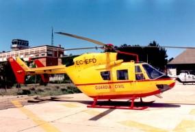 BK-117 de ICONA con letreros GC, en la plataforma de la antigua base en Torrejon de la AHEL (Foto: Rnac)