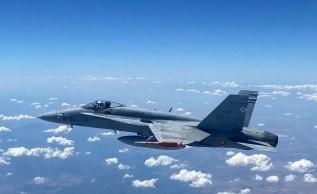 EF-18 portando Misil IRIS-T (Foto: Ejercito del Aire)