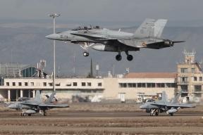 Trio de F-18 (Foto: Fco Javier Chao)