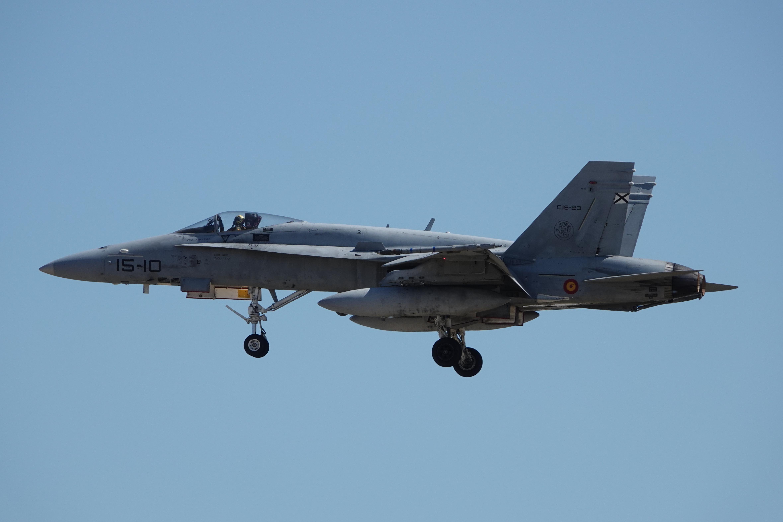 F-18 15-10