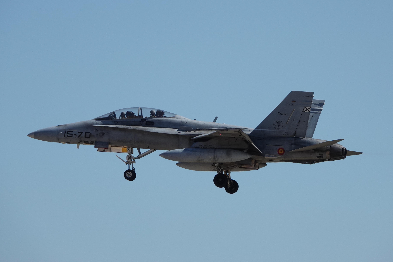 F-18 15-70