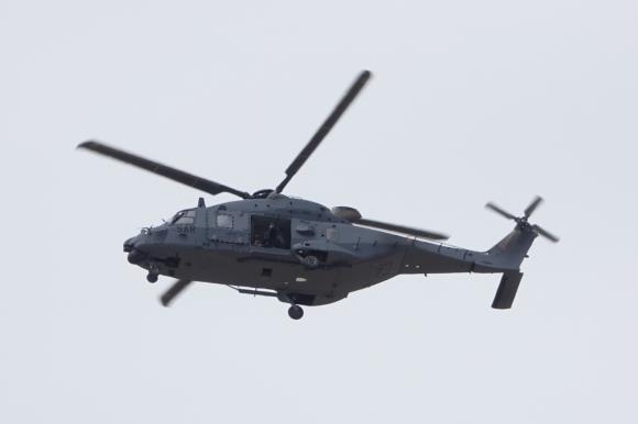 NH-90 del Ejercito del Aire realizando practicas de tiro en las Bardenas (Imagen: Fco Javier Chao)